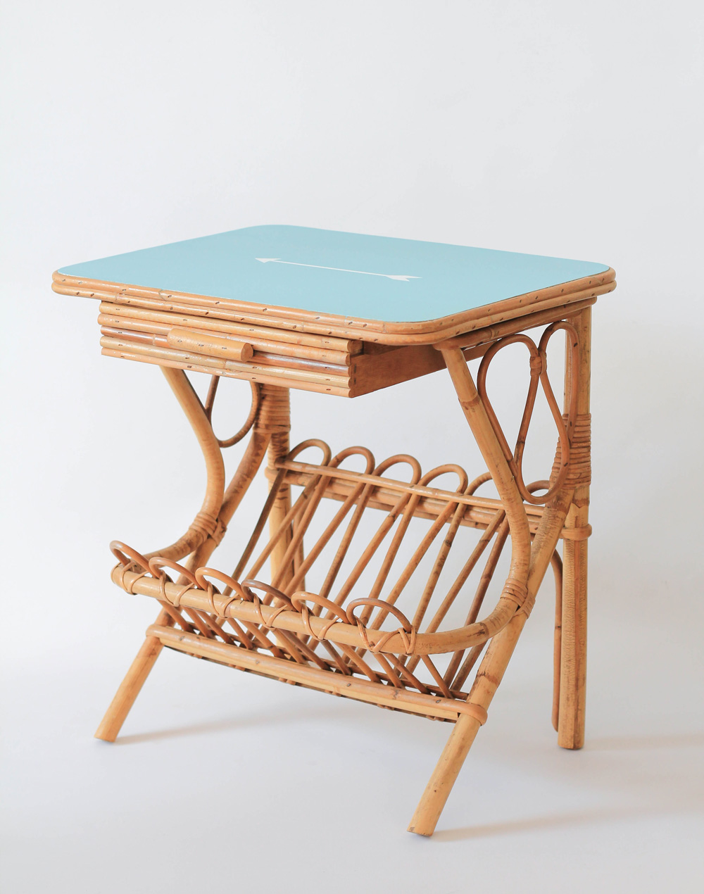 Chevet en rotin ann es 50 les happyvintage - Table de chevet rotin ...