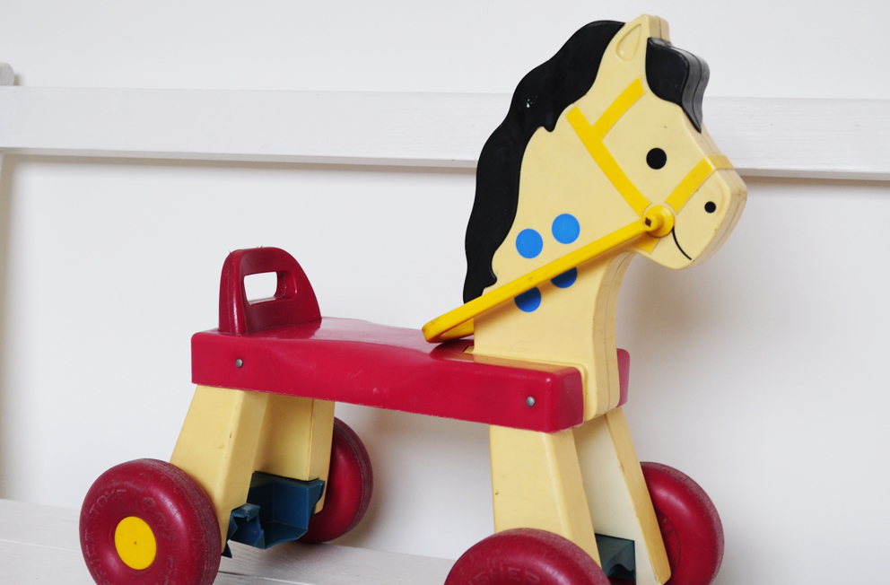 Fisher Price Trotteur cheval trotteur | les happyvintage